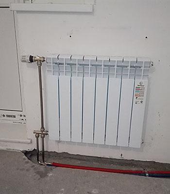Монтаж радиаторов с нижней подводкой